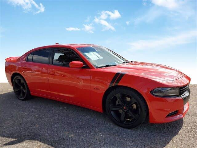 2018 Dodge Charger R/T RWD - $22,000
