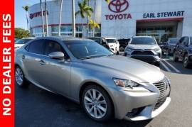 2015 Lexus IS 250 Crafted Line RWD - $17,998