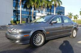 2007 Jaguar X-TYPE 3.0L Sedan AWD - $8,999