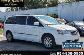2016 Chrysler Town & Country Touring FWD - $13