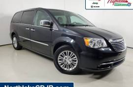 2015 Chrysler Town & Country Touring-L FWD -